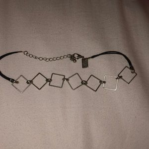 Silver diamond shaped choker